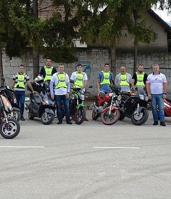 Тренинг безбедне вожње за мопедисте у Лапову, Крушевцу и Сурдулици