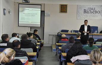 ОБУКА И ПОДЕЛА ДЕЧИЈИХ АУТО СЕДИШТА У ВАЉЕВУ | Agencija za bezbednost saobraćaja